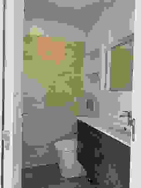 CSR - Construção e reabilitação - Apartamento em Telheiras CSR Casas de banho modernas