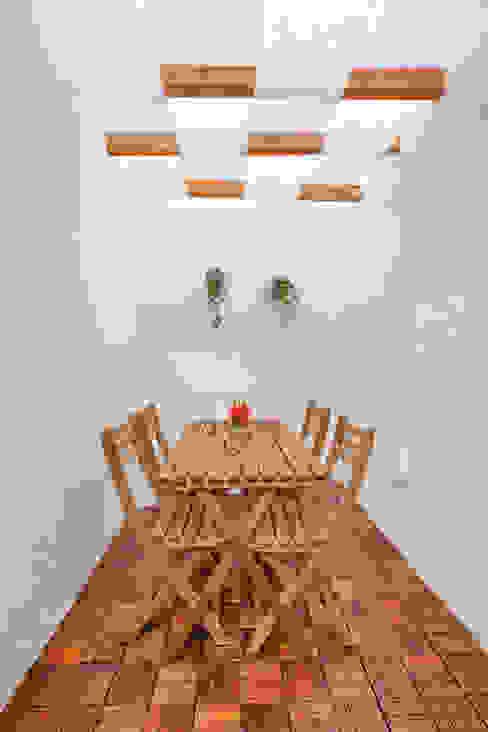Belém, 9 LOFT . DESIGN Jardins modernos