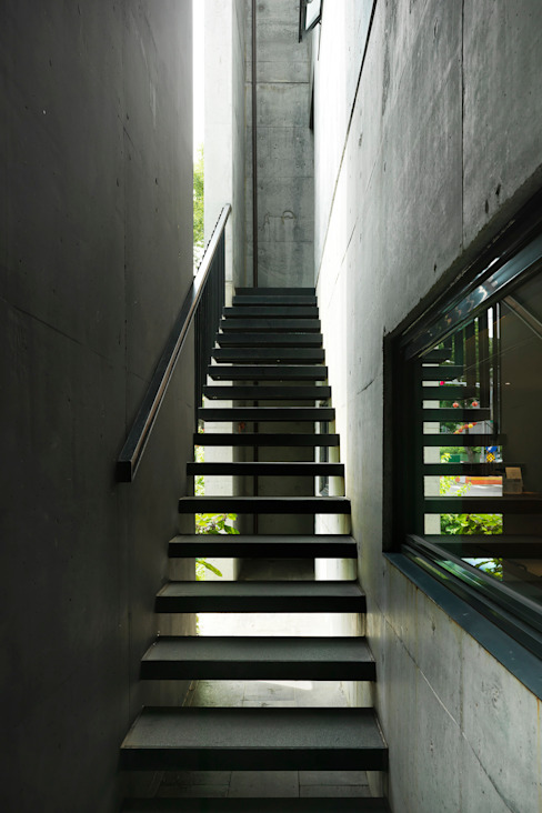 Modern Corridor, Hallway and Staircase by 木耳生活藝術 Modern Concrete