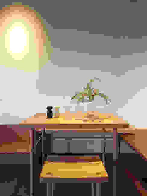 木耳生活藝術-商業空間/新竹・FAMILY PIZZA光復店 根據 木耳生活藝術 現代風