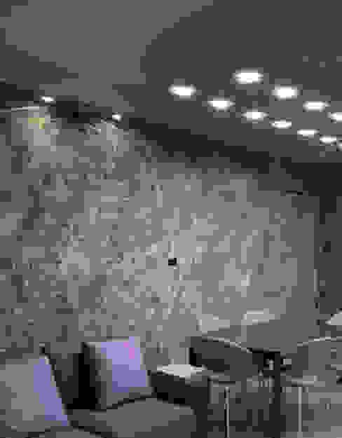 Carta da parati zona giorno. Sala da pranzo moderna di L&M design di Marelli Cinzia Moderno Cemento