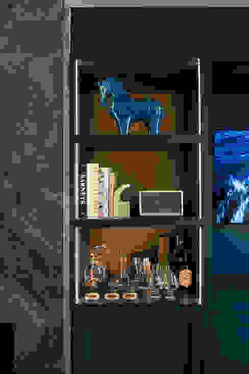 Estante Sala: Salas de estar  por Inêz Fino Interiors, LDA,Moderno