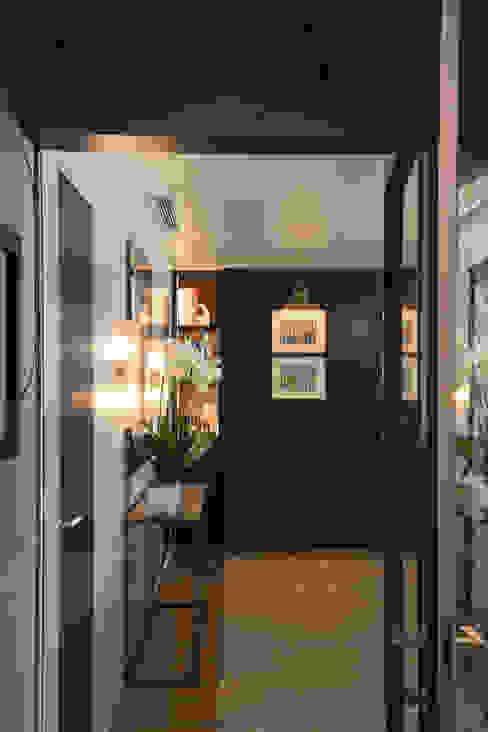 Sala: Corredores e halls de entrada  por Inêz Fino Interiors, LDA,Moderno