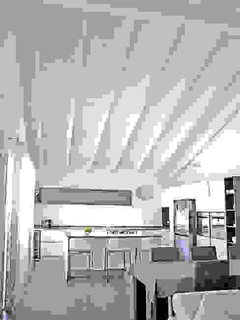 Villa in legno a Pognano (BG) Cucina in stile classico di Marlegno Classico