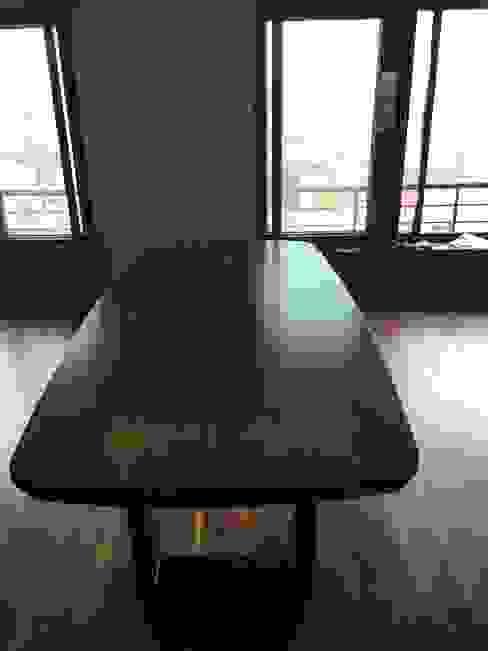 Hazine Dekorasyon – Yemek Masası: modern tarz , Modern Ahşap Ahşap rengi