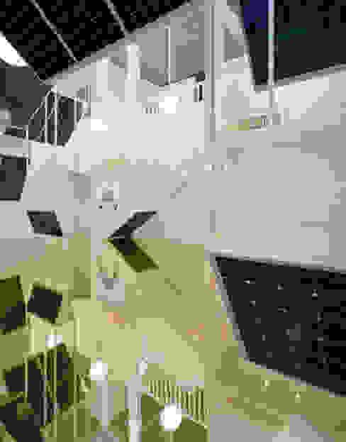 Perspektivwechsel. Visionen für die Zukunft unserer Städte Ausgefallene Geschäftsräume & Stores von AMUNT Architekten in Stuttgart und Aachen Ausgefallen Aluminium/Zink