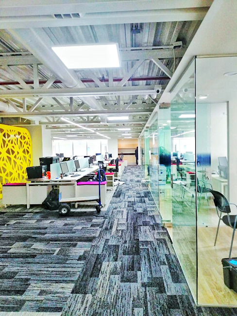 Ingenierías y Construcciones ELDEPCI Study/office Grey