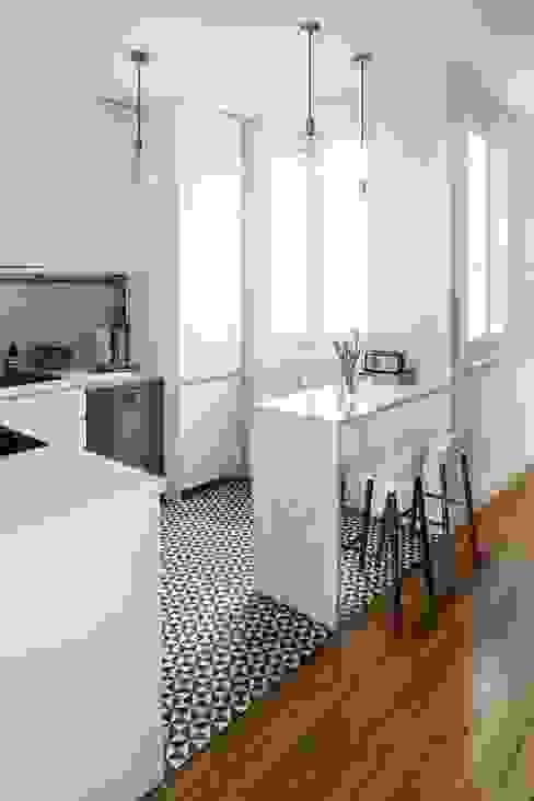 Constructora Arcus Limitada Modern kitchen