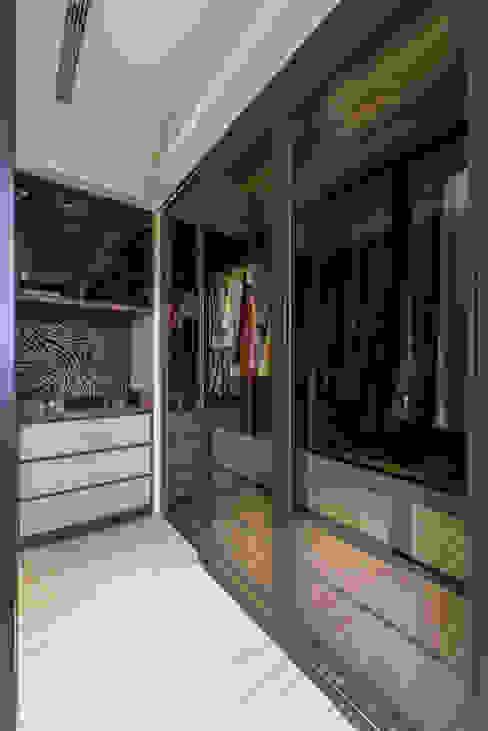 主臥更衣室 你你空間設計 更衣室 塑木複合材料 Brown