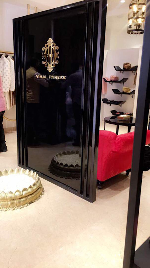 Designing ideas for Showroom interiors by VIRTUS SPACES PRIVATE LIMITED