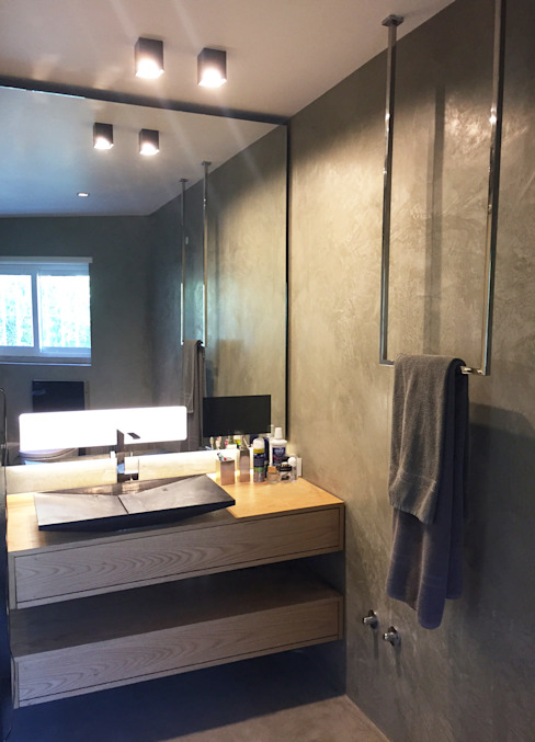Casa de banho tecnologica Casas de banho modernas por Margarida Bugarim Interiores Moderno