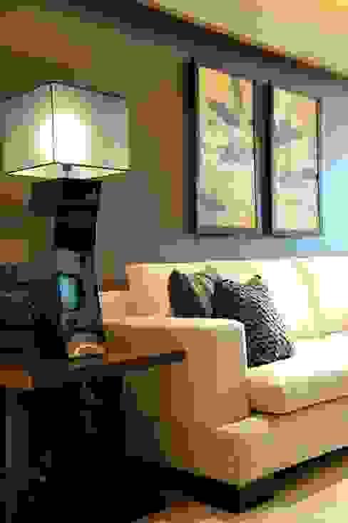 Living Room SPACE DESIGN STUDIOS Modern living room