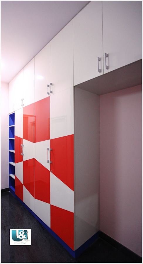 Wardrobe in the Kids Bedroom: modern  by U and I Designs,Modern