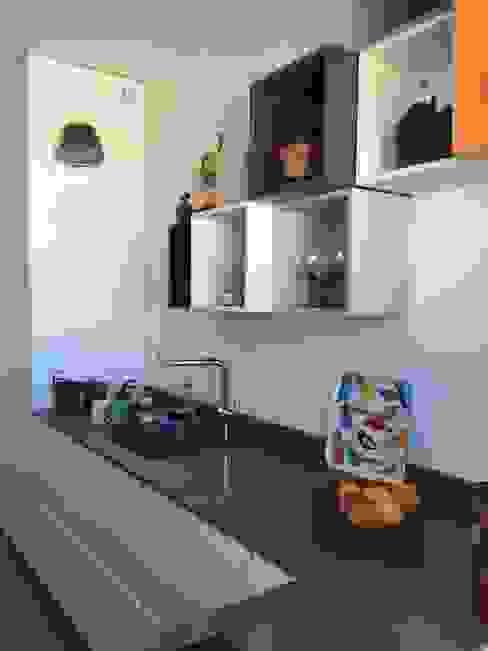 Cuisine ludique Christine Fath architecte d'intérieur CFAI Cuisine moderne Blanc