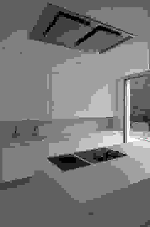 Cocina de Otto Medem Arquitecto vanguardista en Madrid Mediterráneo