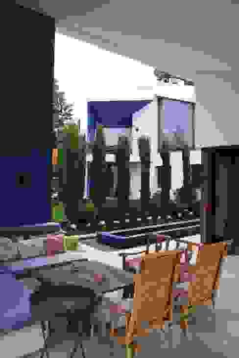 Terraza Balcones y terrazas de estilo moderno de Otto Medem Arquitecto vanguardista en Madrid Moderno