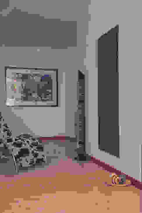 CIGNOCLIMA SRL Minimalist living room Aluminium/Zinc Metallic/Silver