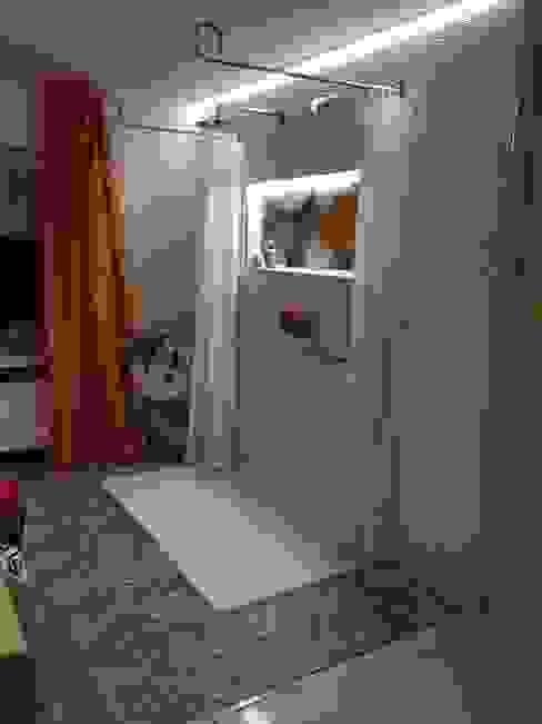 Moderne Wohlfühl-Dusche Moderne Badezimmer von LifeStyle Bäderstudio Modern
