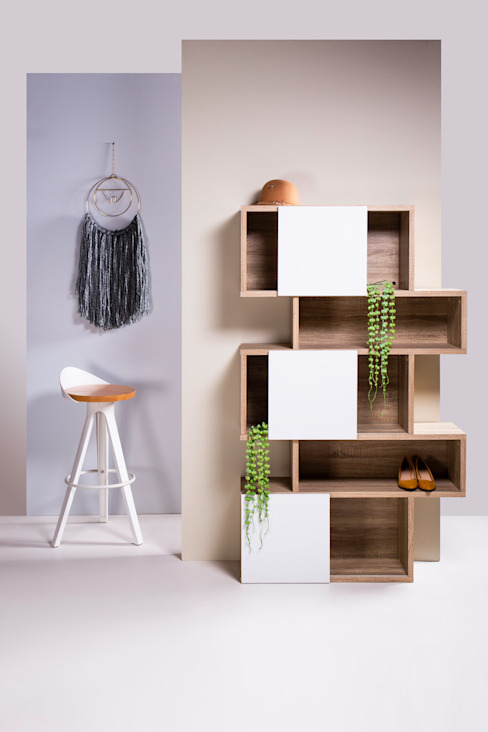 3. Soluciones verticales para decorar espacios pequeños Estudios y despachos modernos de moblum Moderno