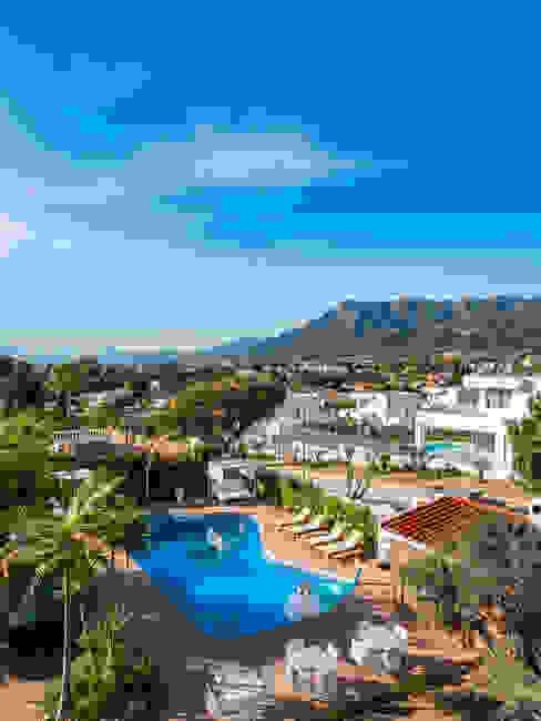zona común jardín DC PROJECTS Diseño de interior Málaga Hoteles de estilo moderno