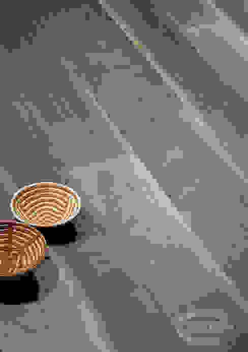 Old Noghera, Brushed, Bark varnished by Cadorin Group Srl - Italian craftsmanship Wood flooring and Coverings Modern