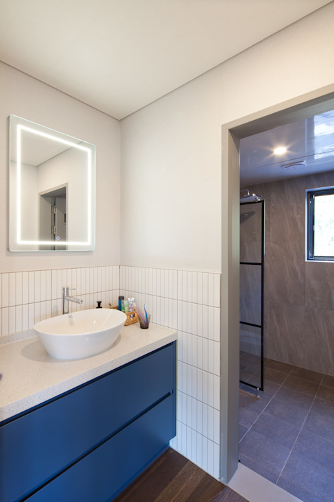2층 욕실 스칸디나비아 욕실 by 위드하임 북유럽