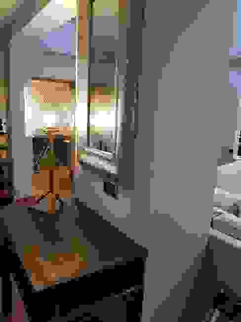 Chalet Unifamiliar Pozuelo Pasillos, vestíbulos y escaleras de estilo moderno de Alicia Peláez Sevilla - Interiorismo y Decoración Moderno