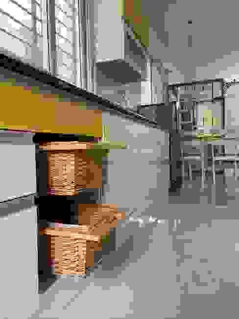 Wicker Baskets : modern  by U and I Designs,Modern Bamboo Green