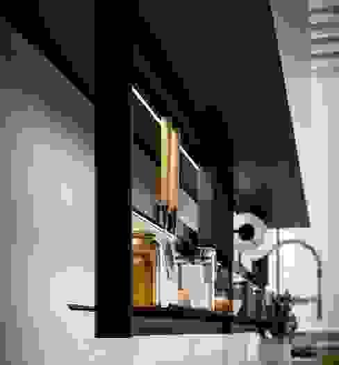 Hang sospeso Cucina moderna di Damiano Latini srl Moderno Alluminio / Zinco