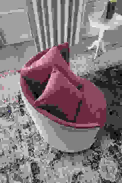 Poltroncina 1 L&M design di Marelli Cinzia Soggiorno moderno Rosa