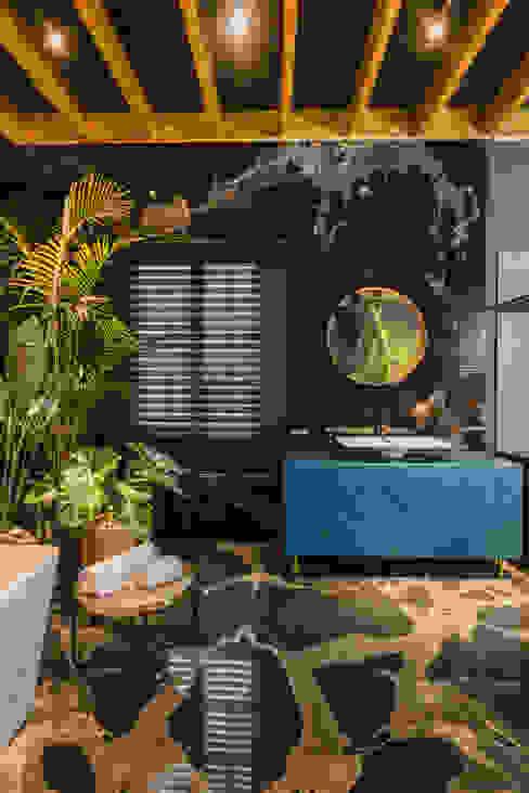 Loft del Arqueólogo Baños de estilo ecléctico de Luis Escobar Interiorismo Ecléctico