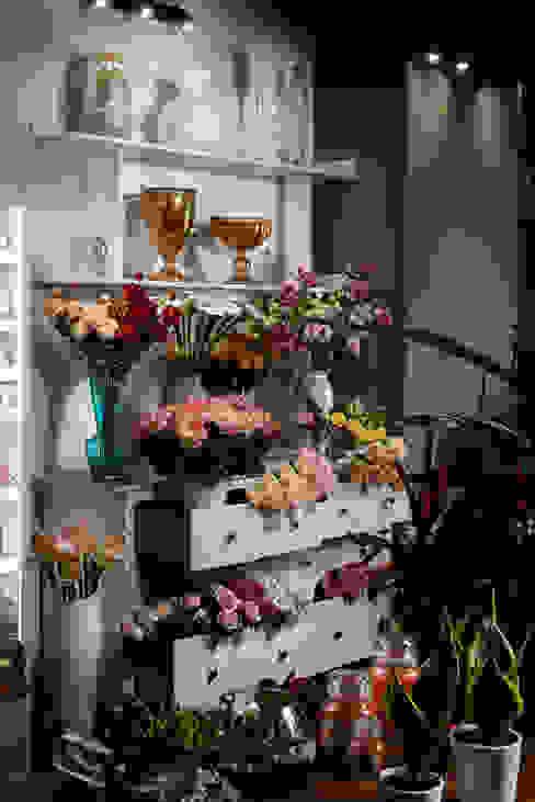 manuarino architettura design comunicazione Minimalist offices & stores Wood White