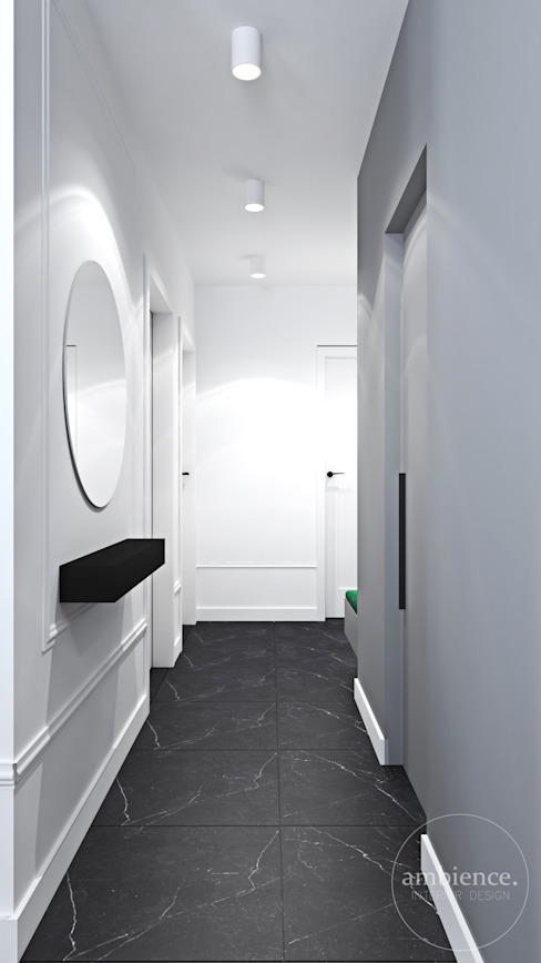 Wnętrza skąpane w szarościach Ambience. Interior Design Nowoczesny korytarz, przedpokój i schody