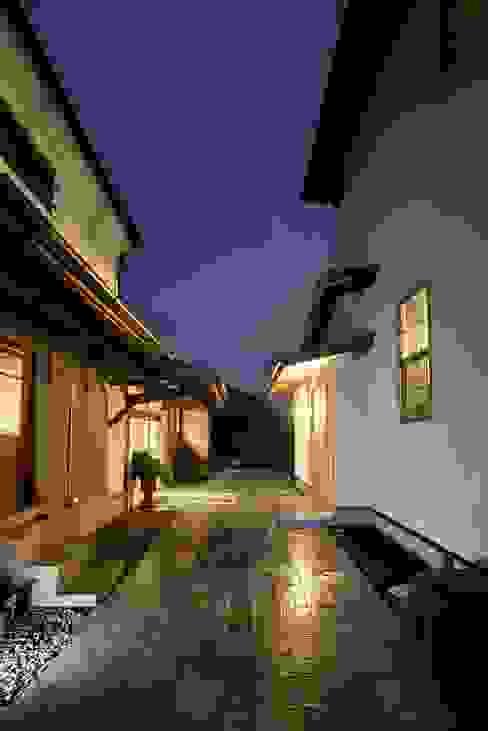 House in Minamitawara の Mimasis Design/ミメイシス デザイン ラスティック