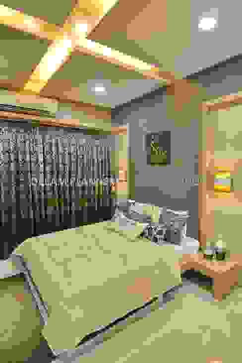 Guest Room: minimalist  by Dreamplanners,Minimalist Copper/Bronze/Brass