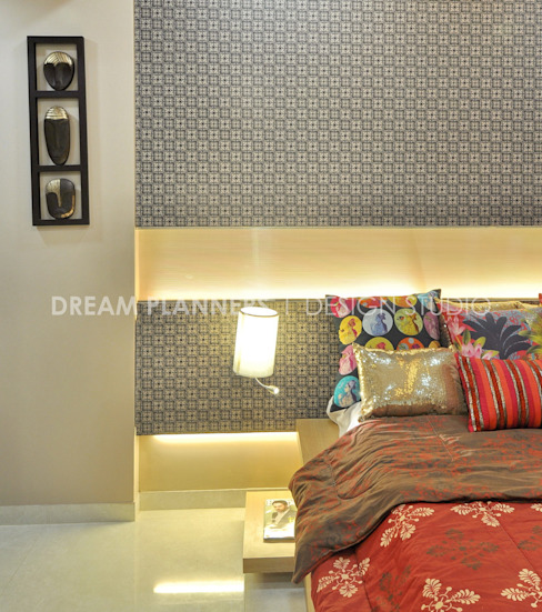 Colorful Bed Room: mediterranean  by Dreamplanners,Mediterranean Copper/Bronze/Brass