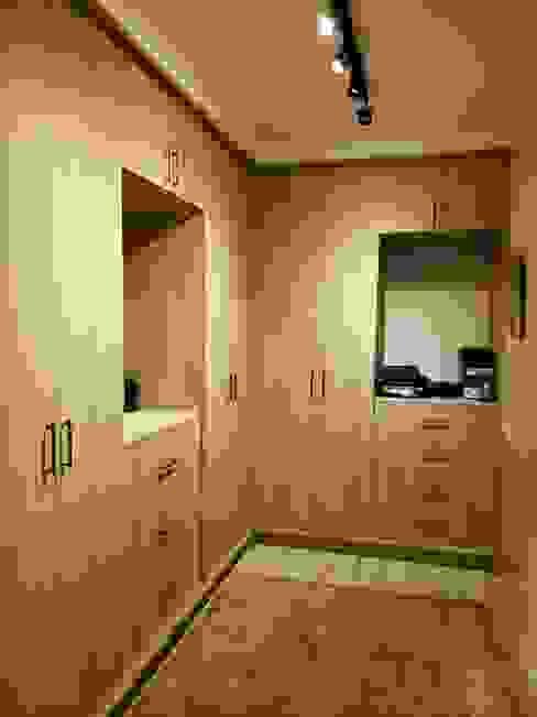 Oriental Oasis Geraldine Oliva Asian style dressing room