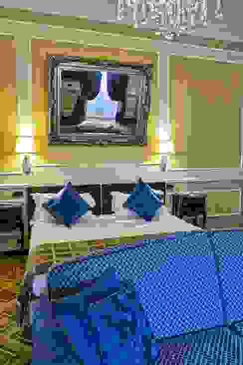 Un piccolo portfolio Hotel in stile classico di Foto Piola di Piola Stefano Classico