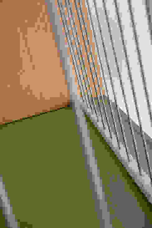 Appartement IJburg, Amsterdam van ÈMCÉ interior architecture Modern