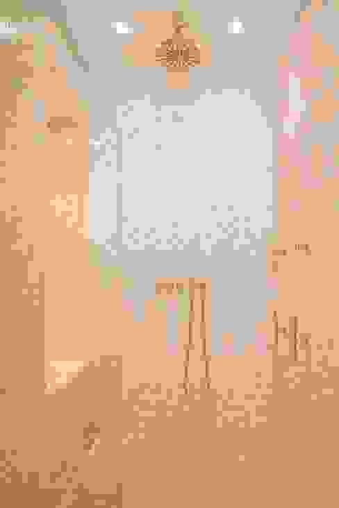 Appartement, Kapellen België Moderne badkamers van ÈMCÉ interior architecture Modern Tegels
