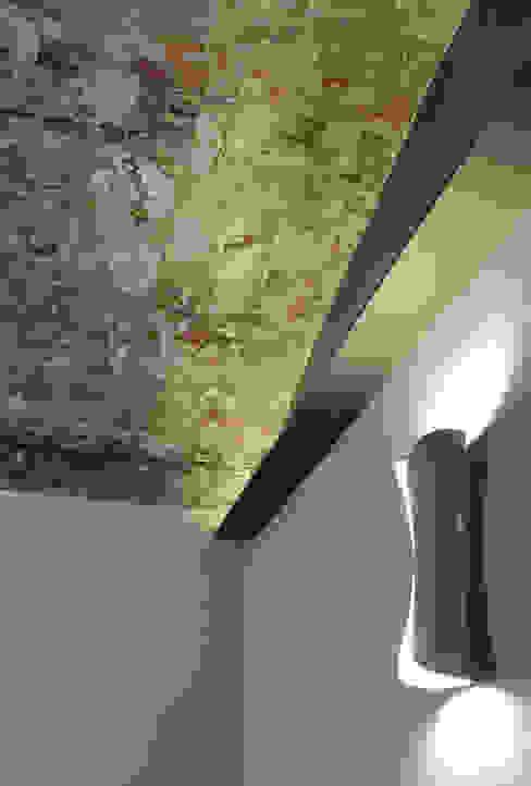 Particolare veletta camera da letto Onice Architetti Camera da letto eclettica Laterizio Grigio