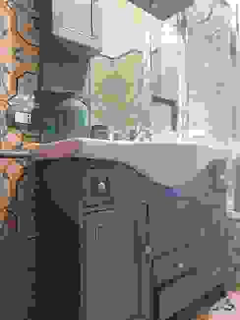 Mobili a Colori Baños de estilo mediterráneo Madera Turquesa