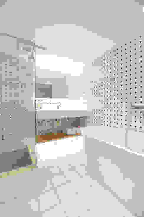 思樂冰的家 八寶空間美學  BABODESIGN 現代浴室設計點子、靈感&圖片
