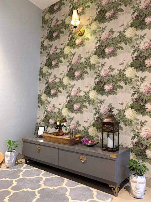 The tropical wall: tropical  by The Mystique Interiors,Tropical