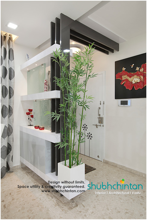 Entrance Partition: modern  by Shubhchintan Design possibilities,Modern Plywood