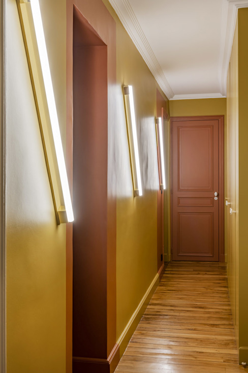 4eme Mur-Intérieurs Pasillos, vestíbulos y escaleras de estilo moderno