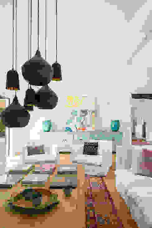 INSPIRATION BY NATURE Bconnected Architecture & Interior Design Salones de estilo ecléctico