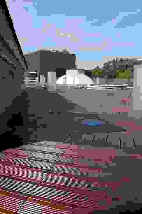 Deck para exterior en hoteles y terrazas Norzen - Flooring Experts Espacios comerciales de estilo clásico Bambú Acabado en madera