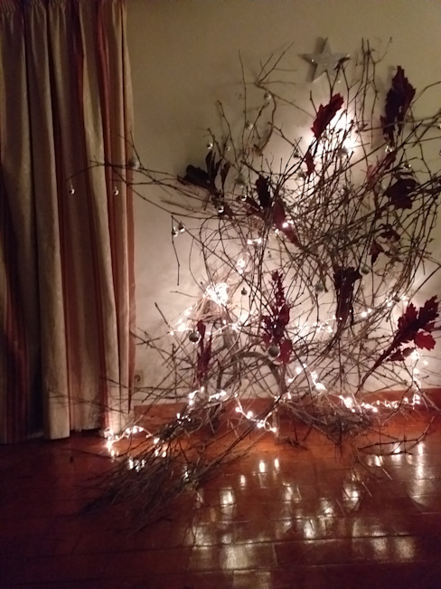 Objeto de Autor | Árbol de Navidad de Ana Salomé Branco Ecléctico Madera maciza Multicolor