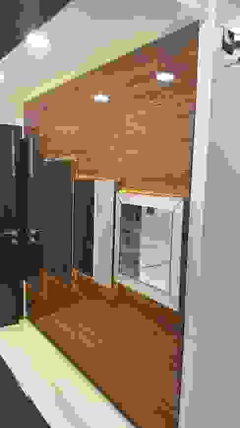 Wardrobe Modern corridor, hallway & stairs by Esthetics Interior Modern